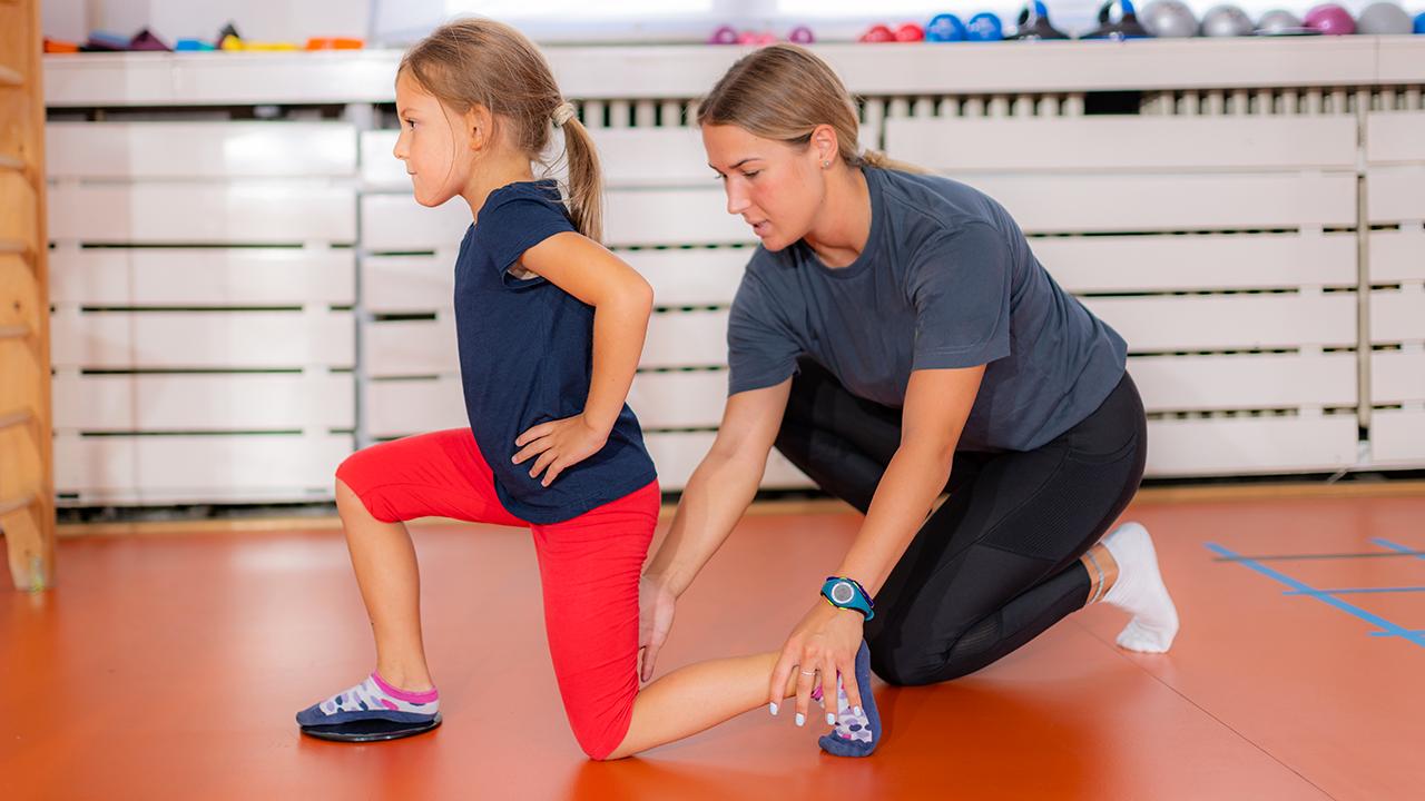 images/articoli/allenatrice-bambina.png